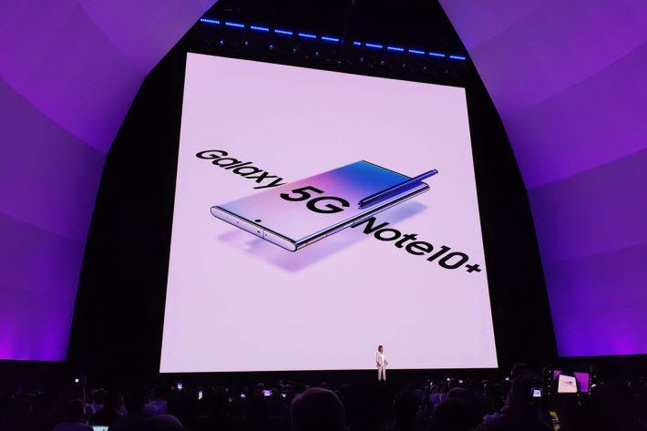 5G 版本 Galaxy Note10+ 支援 5G Non Standalaone (NSA), Sub 6 / mmWave 制式。