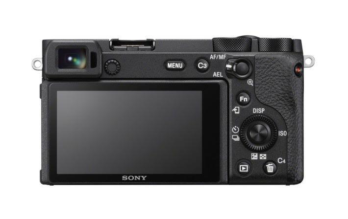 .a6600 機身操作佈局和 a6400 相同,屏幕支持觸屏對焦。