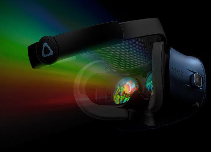 VIVE Cosmos 的解像度比初代 VIVE 大了 88% ,而且新設計的屏幕有效減低了紗窗效應。