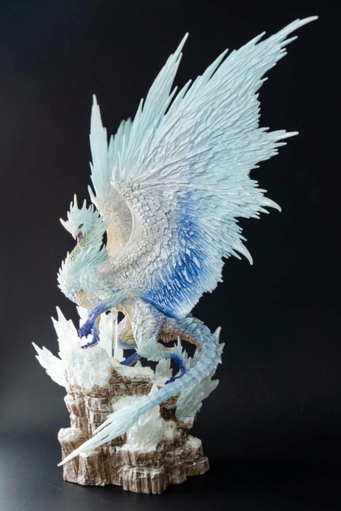「冰呪龍」模型