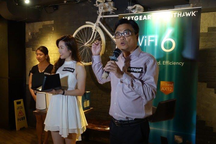Netgear 今天舉行發表會,推出 Orbi RBK852 Mesh Wi-Fi 套裝等產品。