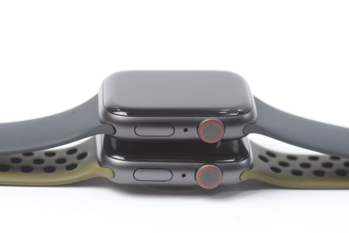 Series 5 LTE 版本一樣是 eSIM ,錶冠有紅圈標示識認,和 Series 4 相同。
