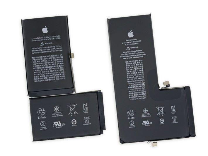 右邊的 iPhone 11 Pro Max 電池,明顯比 XS Max 的大,而且也較厚,實際多了 2.96 Wh。
