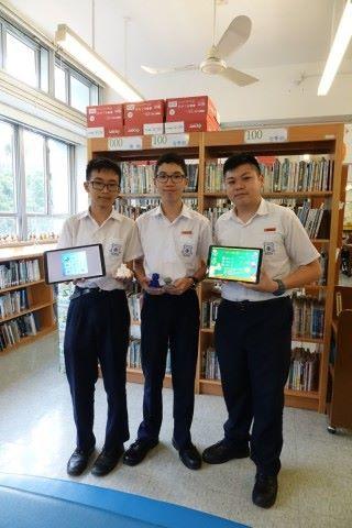 宣道會陳朱素華紀念中學學生黃諾謙、張才進、方家豪合力設計AR愛心玩具識別學前讀寫障礙學童App。