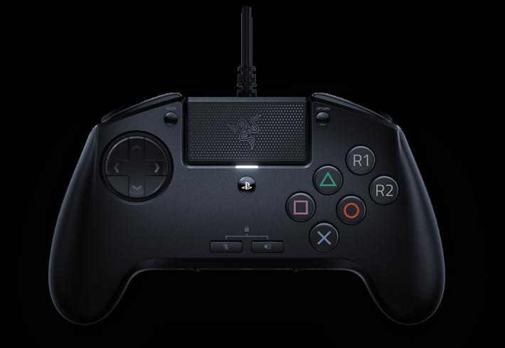Razer Raion PS4 手掣針對格鬥競賽設計,仿照街機棍一樣表面有 6 個掣,而且每個掣都較大。