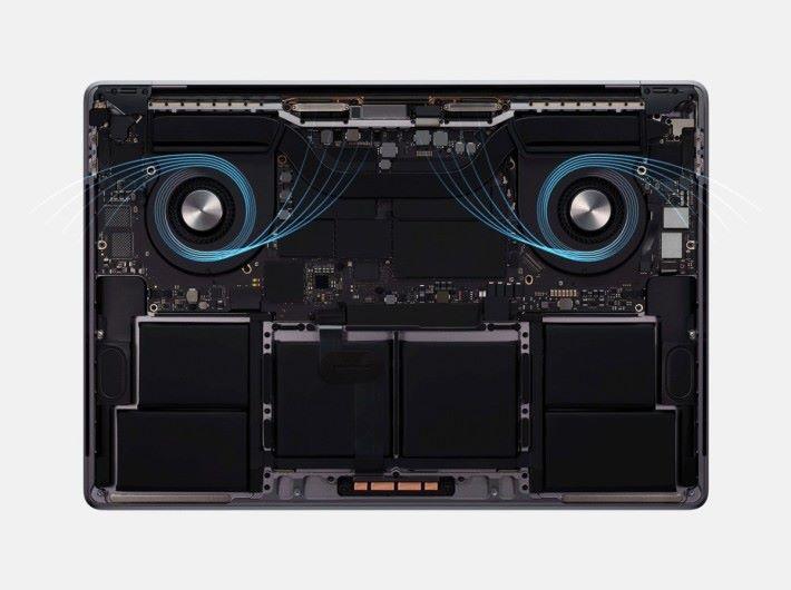 Boost 時脈達 5.0GHz 的 9 代 i9 CPU 加上 64GB RAM 、 8TB SSD 和改良散熱系統,打造出最強筆電。
