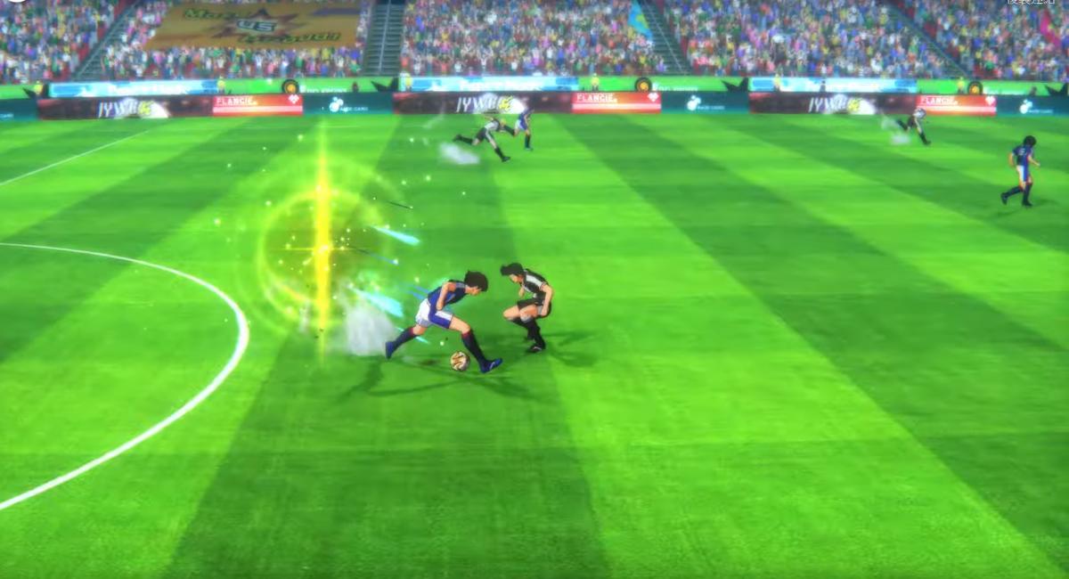 平時會以《 FIFA 》般的第三身角度操作,當使出絕招時就會播出動畫