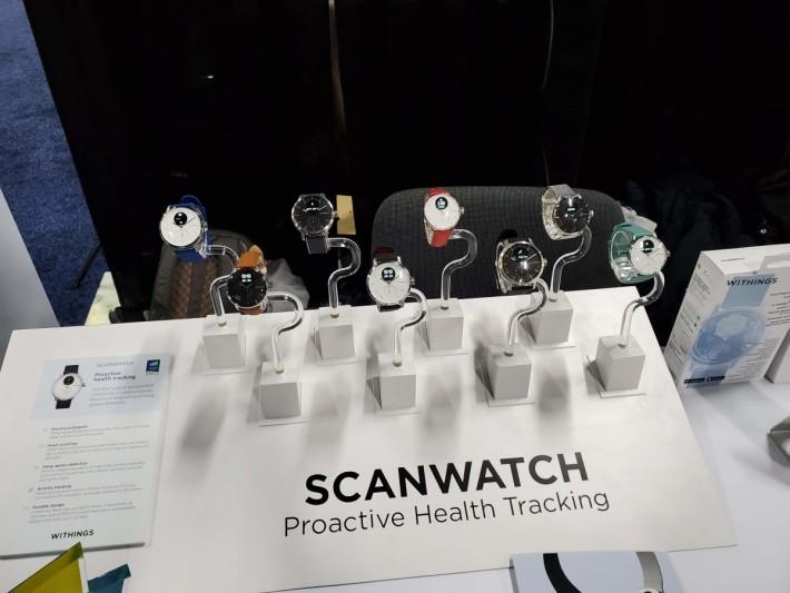 Withings 在 CES 中展出新款健康監察智能手錶,可同時監察心律不整和睡眠窒息問題。