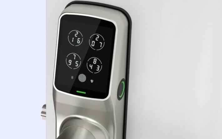 使用指紋解鎖,簡單又安全。
