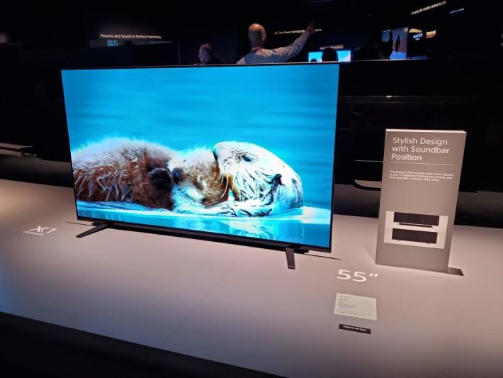 .Sony 的今年OLED電視也一樣是少改款,A8H改成八未腳,方便放Soundbar。