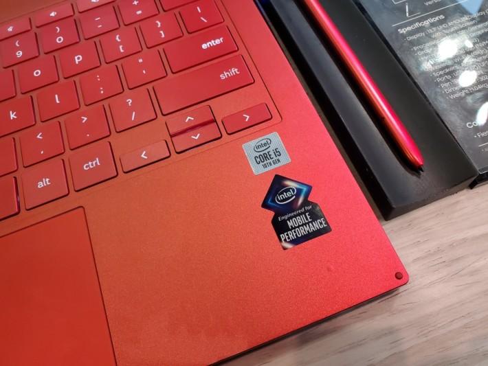使用第十代 Core i5 處理器。