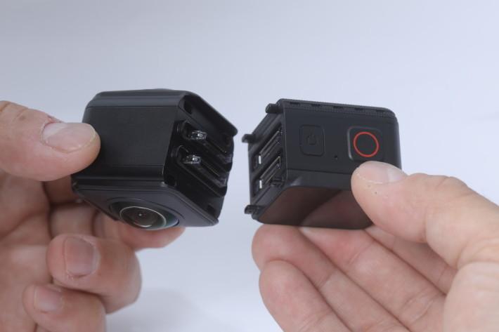 只要稍為用力按壓即可穩固地裝好主機及鏡頭模組。