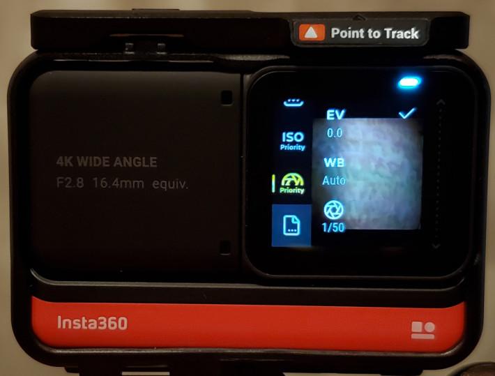 另亦提供 ISO 先決、快門先決等功能,還有自訂拍攝設定。