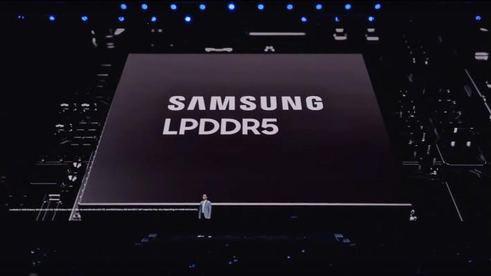 採用 Samsung LPDDR5 記憶體,令數據存取速度提升 30% ,並且減少功耗 20% 。