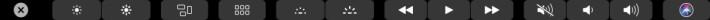 如果是 Touch Bar 版 MacBook Pro 的話,按著「 Option 」的情況下按這些功能鍵也可以快速開啟相關設定的。