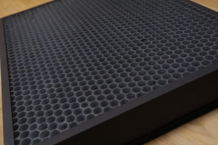 含 ODOR 吸味功能的 Filter 層採用高等級的椰殼製活性炭