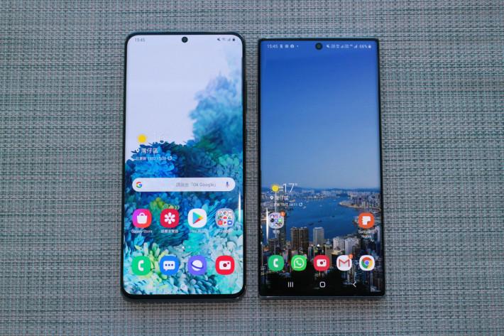 與採用 6.8 吋屏幕的 Galaxy Note10+ (右)比較,Galaxy S20 Ultra 也大上一點點。