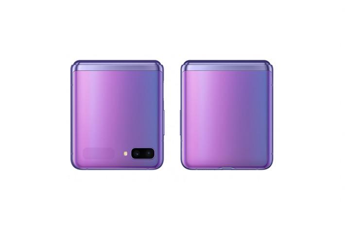 機面具備一個 1.1 吋 Super AMOLED 屏幕,用以顯示提示或接聽來電,旁邊是 12MP主鏡加12MP超廣角鏡的雙主鏡頭組。