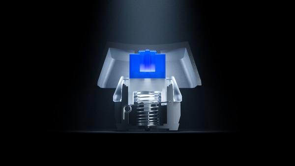與普通的青軸不同,加入彈簧式設計加強回彈力