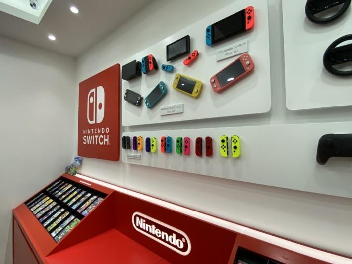 於店內可以正價買到行貨的主機、配件及遊戲