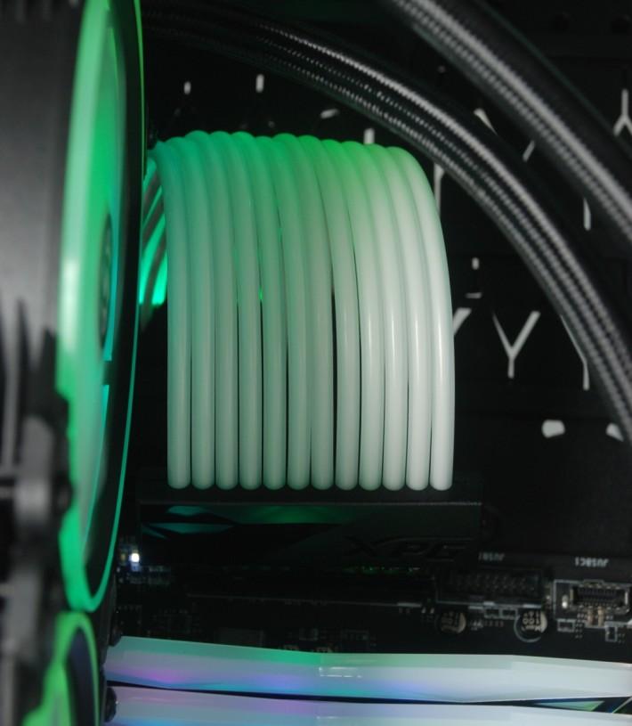 XPG Prime ARGB 24pin 全彩光電源線