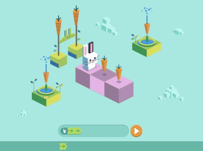首款遊戲「寫程式」,是 2017 年紀念兒童編程 50 周年的遊戲。