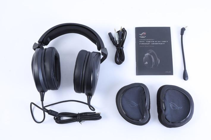 全部配件一覽,另有一對透氣耳罩可以自行更換。
