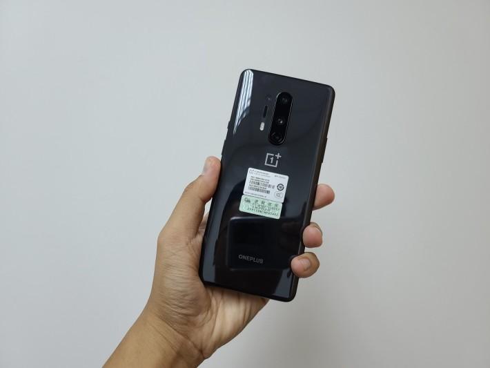 OnePlus 8 Pro採用了4,800萬像素主鏡頭,現時以124分佔據DxOMark榜第二位。