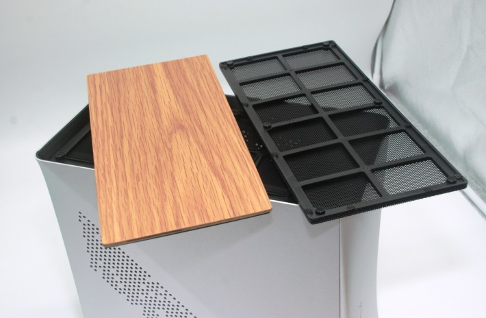 有木紋效果上蓋及標準防塵上蓋可選
