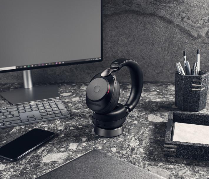 Jabra Evolve2 85 UC Black Docked Office
