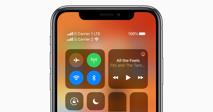 ios13-iphone-xs-dual-sim-control-center-social-card