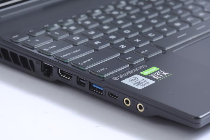 擴展性十足是 GL65 Leopard 的一大優勢。