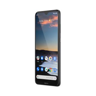 Nokia 5.3 擁有穩重外形,擁有 6.55 吋 20:9 水滴屏幕。