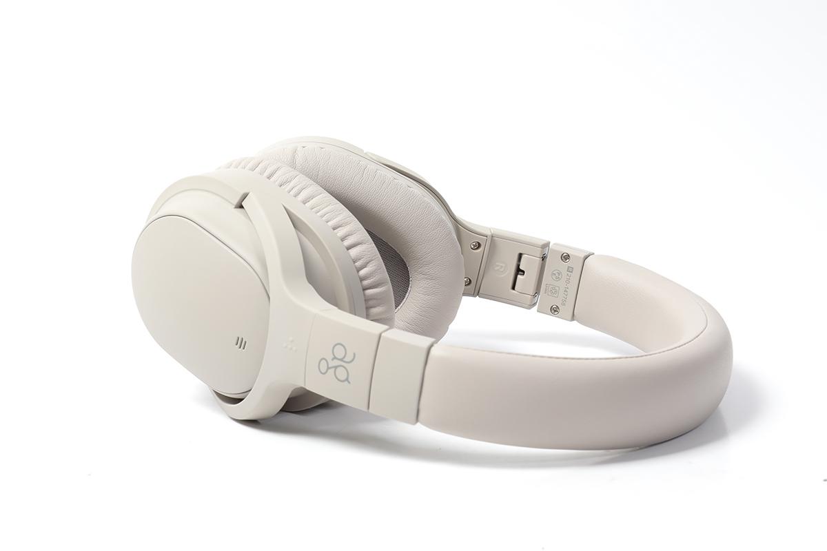 ag 首隻支援主動降噪功能的罩耳式真無線耳機,外型跟 Sony WH-1000Xm4 有點相似。